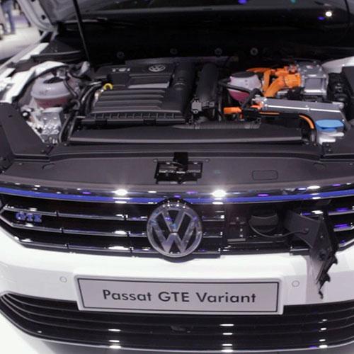 Πρεμιέρα του νέου Passat Hybrid